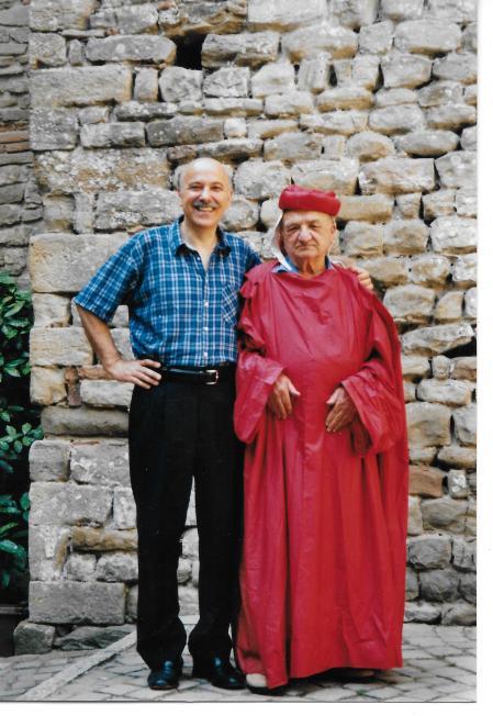Accademico Filopatridi con tonaca 2001